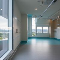 T Shaped Window in patient room maximises light
